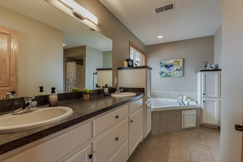108 Fenceline Ave, Iron Ridge, Wisconsin 53035, 3 Bedrooms Bedrooms, 7 Rooms Rooms,2 BathroomsBathrooms,Condominium,For Sale,Fenceline Ave,1721740