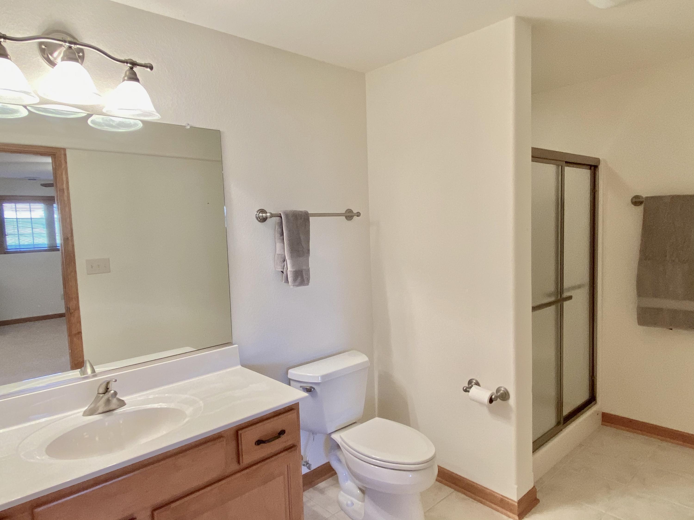S70W15750 Sandalwood Dr, Muskego, Wisconsin 53150, 2 Bedrooms Bedrooms, ,3 BathroomsBathrooms,Condominium,For Sale,Sandalwood Dr,1722038