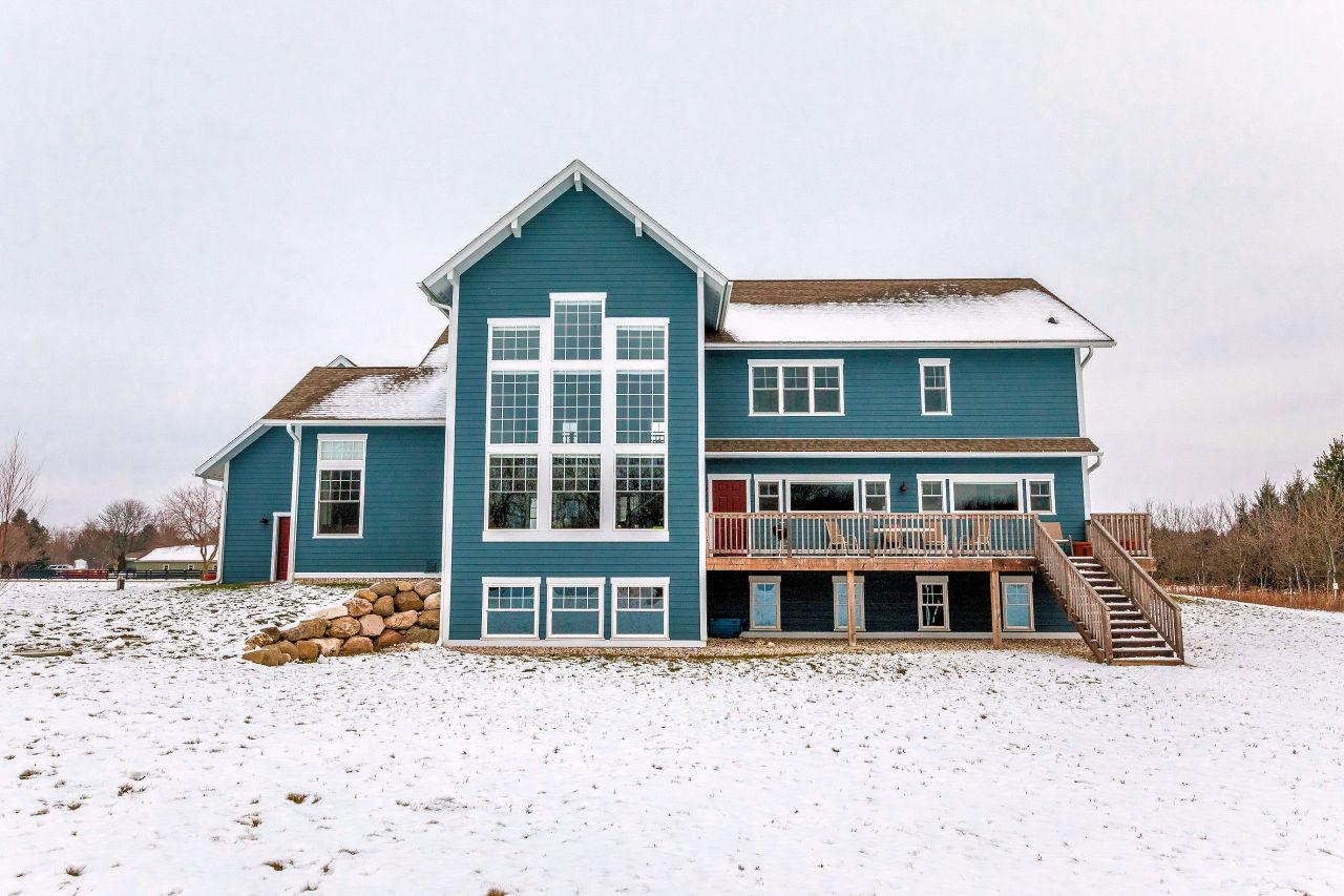 W287N8879 Center Oak Rd, Merton, Wisconsin 53029, 4 Bedrooms Bedrooms, ,4 BathroomsBathrooms,Single-family,For Sale,Center Oak Rd,1720359