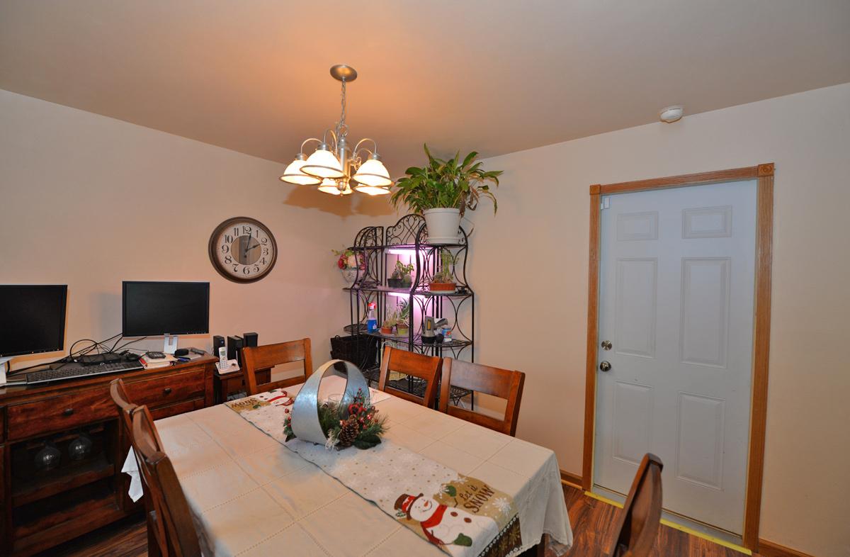 2808 Fleetwood Dr, Racine, Wisconsin 53403, 3 Bedrooms Bedrooms, ,1 BathroomBathrooms,Single-family,For Sale,Fleetwood Dr,1722084