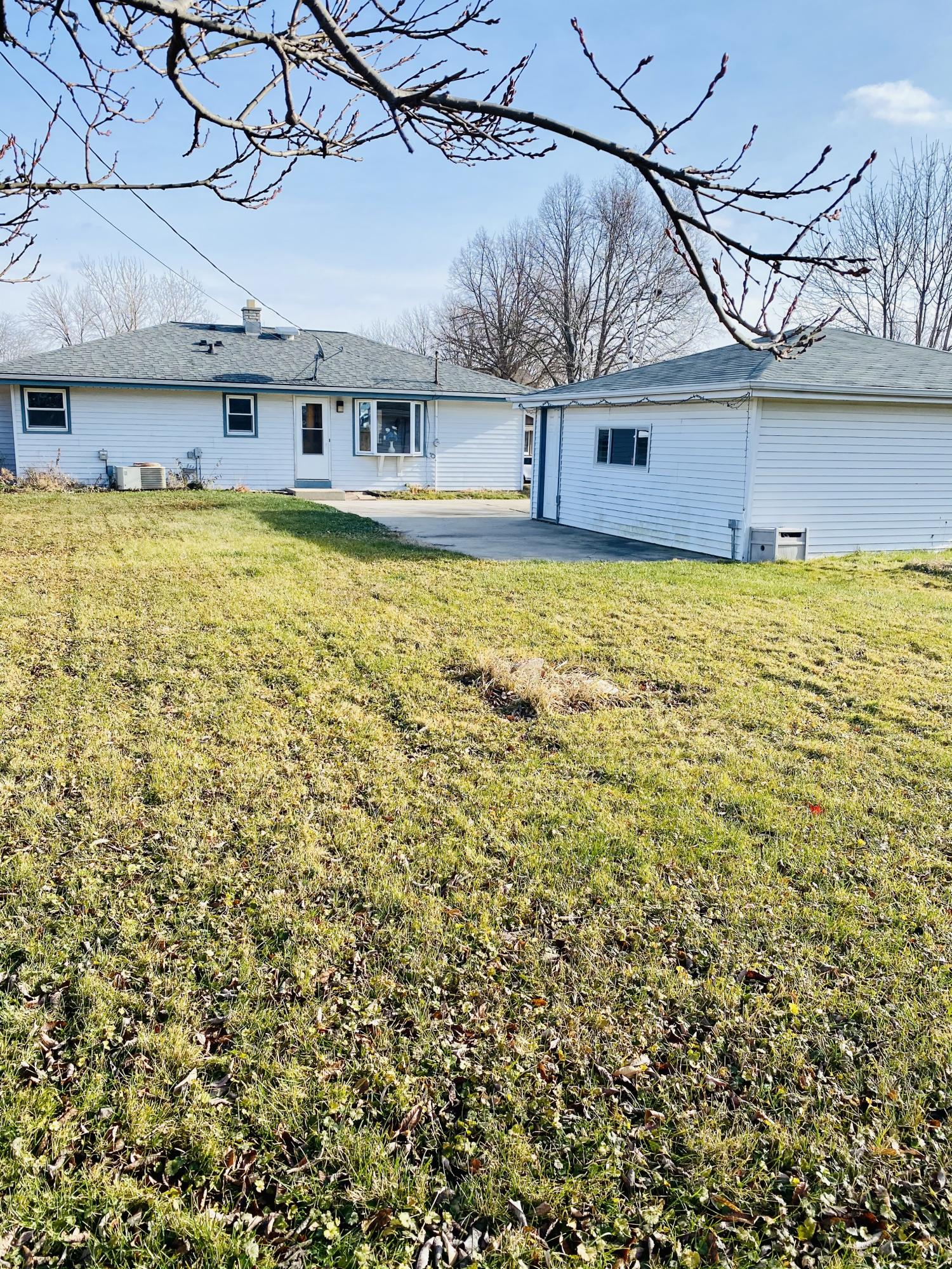 6161 Indiana Ave, Cudahy, Wisconsin 53110, 3 Bedrooms Bedrooms, 5 Rooms Rooms,2 BathroomsBathrooms,Single-family,For Sale,Indiana Ave,1722339