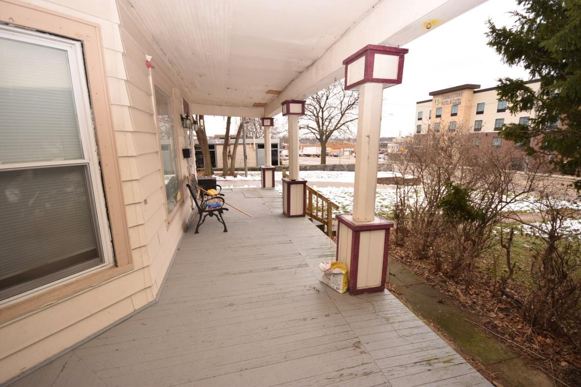 117 Sumner St, Hartford, Wisconsin 53027, ,Multi-family,For Sale,Sumner St,1722417