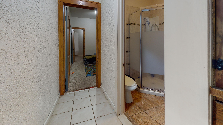 3026-S-14th-St-Bathroom