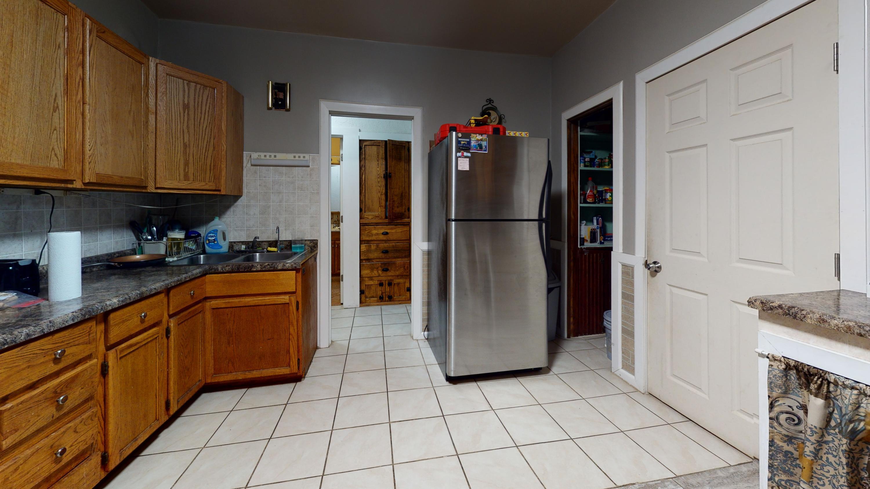 3026-S-14th-St-Kitchen(1)