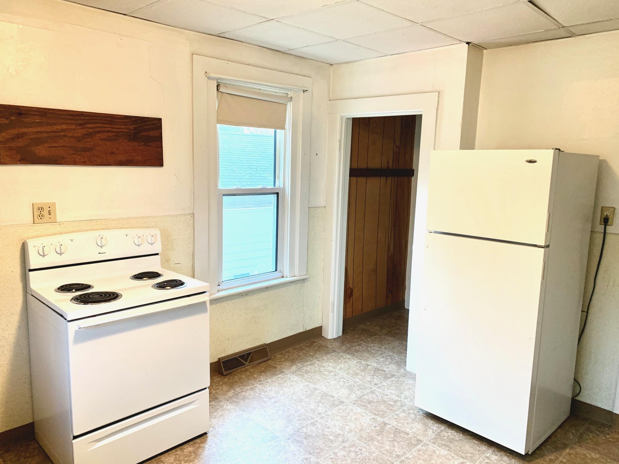 309 N Church St pic lower apartment 10