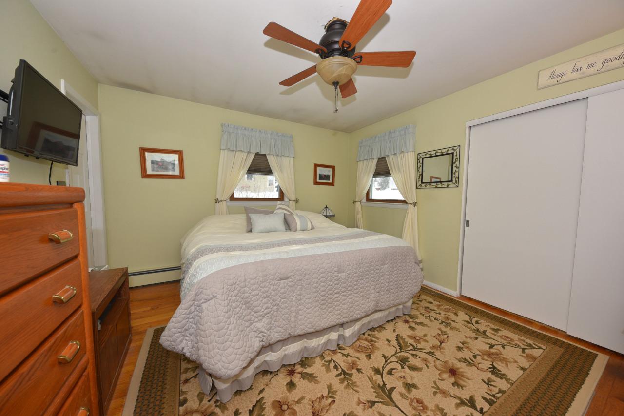 Owners Suite wHardwood Floors