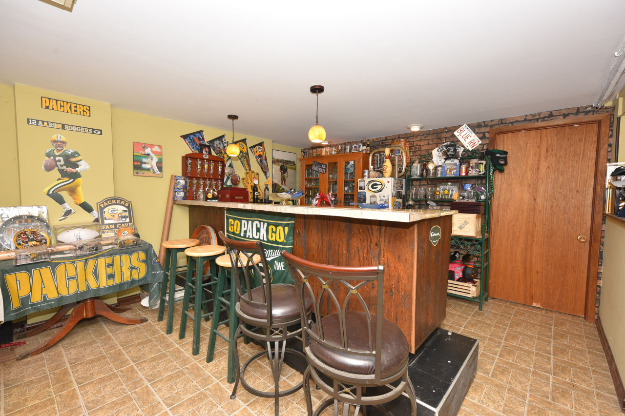 Bar in Lower Level