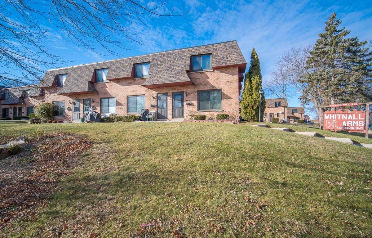 4295 Whitnall Ave, Milwaukee, Wisconsin 53207, 3 Bedrooms Bedrooms, ,1 BathroomBathrooms,Condominium,For Sale,Whitnall Ave,1722747