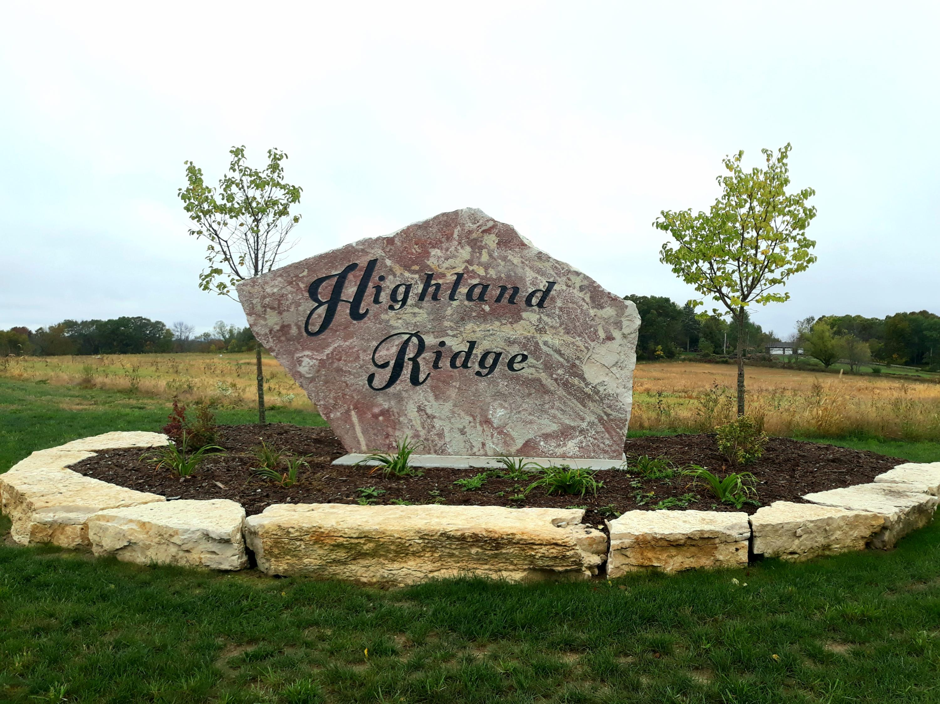Highland Ridge sign