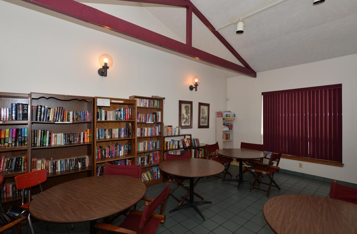 5736 Cambridge Cir, Mount Pleasant, Wisconsin 53406, 2 Bedrooms Bedrooms, 4 Rooms Rooms,2 BathroomsBathrooms,Condominium,For Sale,Cambridge Cir,1722814
