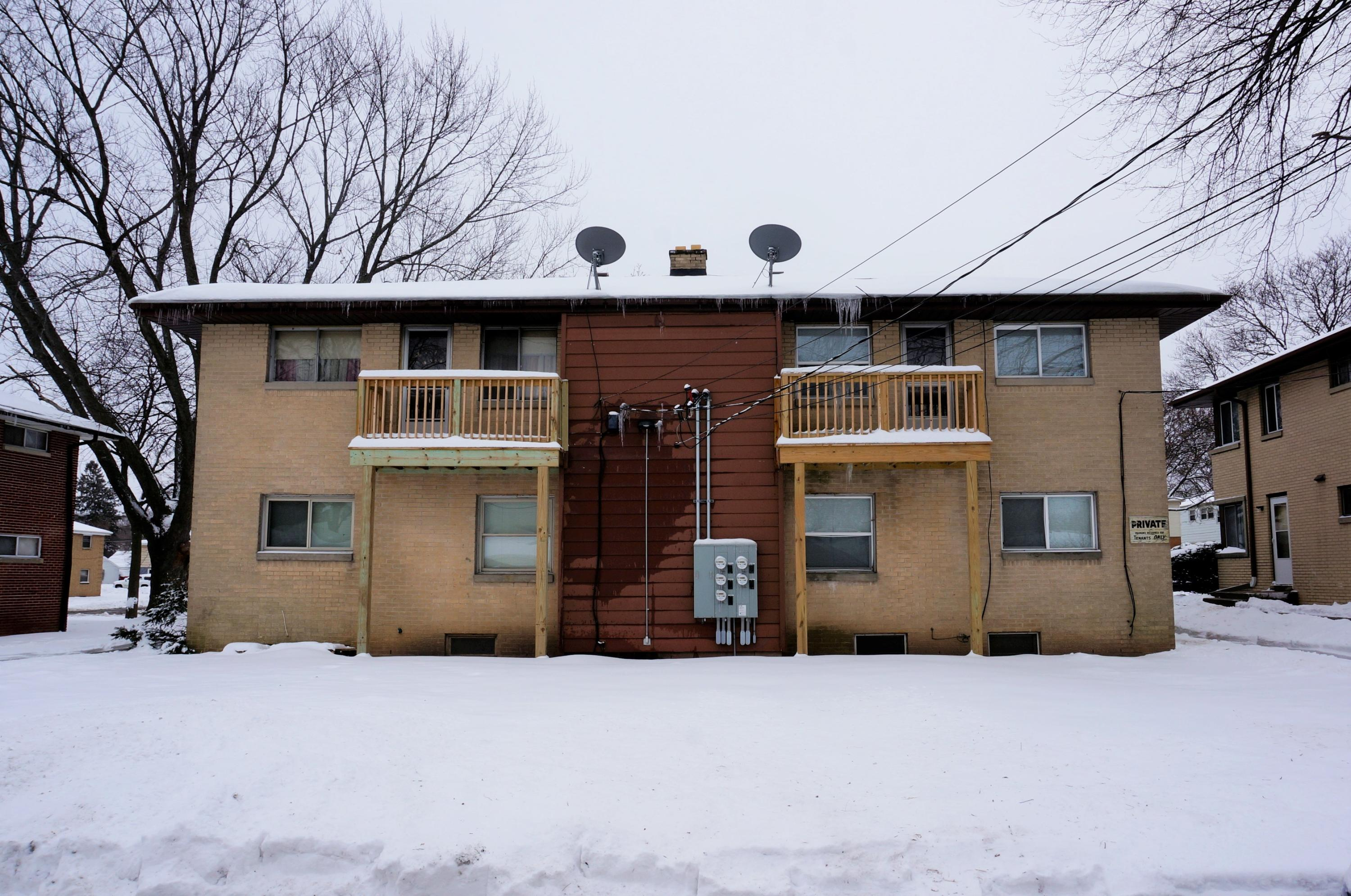 8812 Congress St, Milwaukee, Wisconsin 53225, ,Multi-family,For Sale,Congress St,1722818