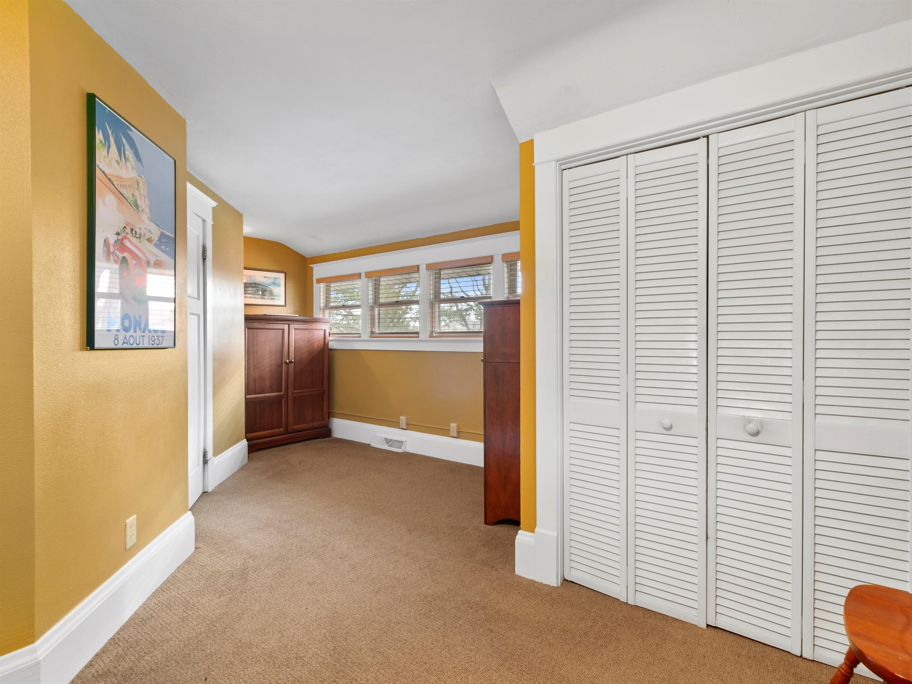 8648 Stickney Ave, Wauwatosa, Wisconsin 53226, 2 Bedrooms Bedrooms, 5 Rooms Rooms,1 BathroomBathrooms,Single-family,For Sale,Stickney Ave,1722947