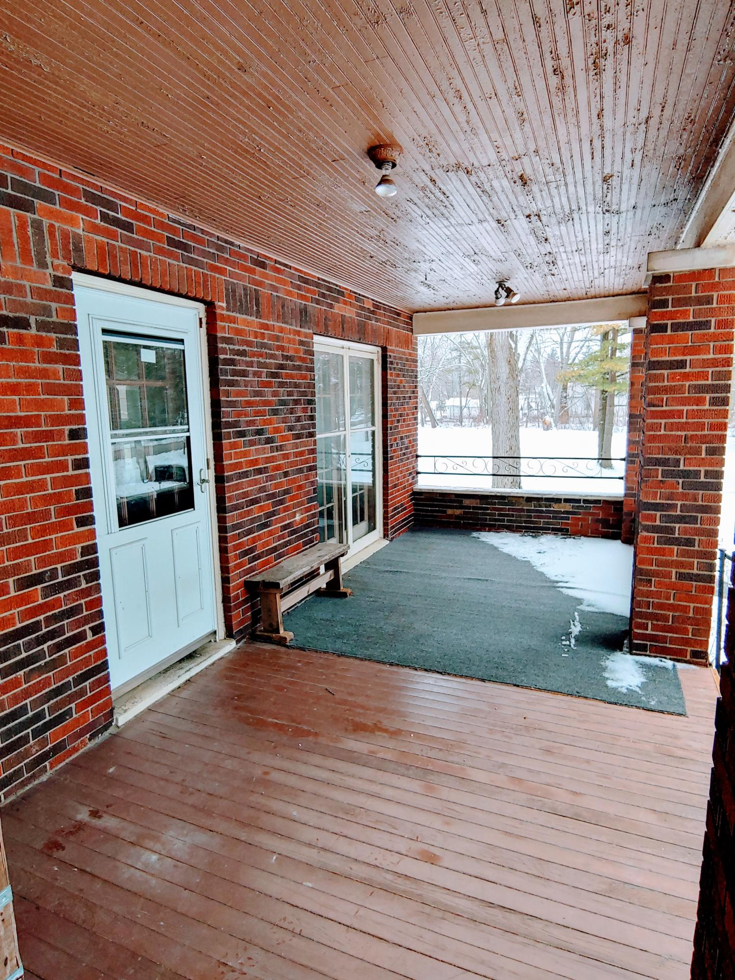 9829 29th Ave, Pleasant Prairie, Wisconsin 53158, 4 Bedrooms Bedrooms, 7 Rooms Rooms,1 BathroomBathrooms,Single-family,For Sale,29th Ave,1723118