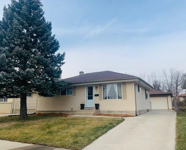 1554 Vogel Ave, Milwaukee, Wisconsin 53221, 3 Bedrooms Bedrooms, 5 Rooms Rooms,1 BathroomBathrooms,Single-family,For Sale,Vogel Ave,1723080