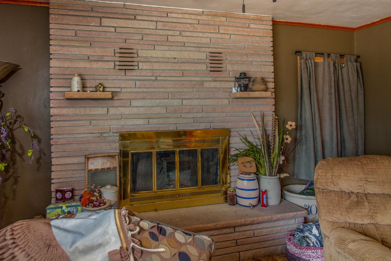 605 Labaree St, Watertown, Wisconsin 53098, 3 Bedrooms Bedrooms, ,3 BathroomsBathrooms,Single-family,For Sale,Labaree St,1723059