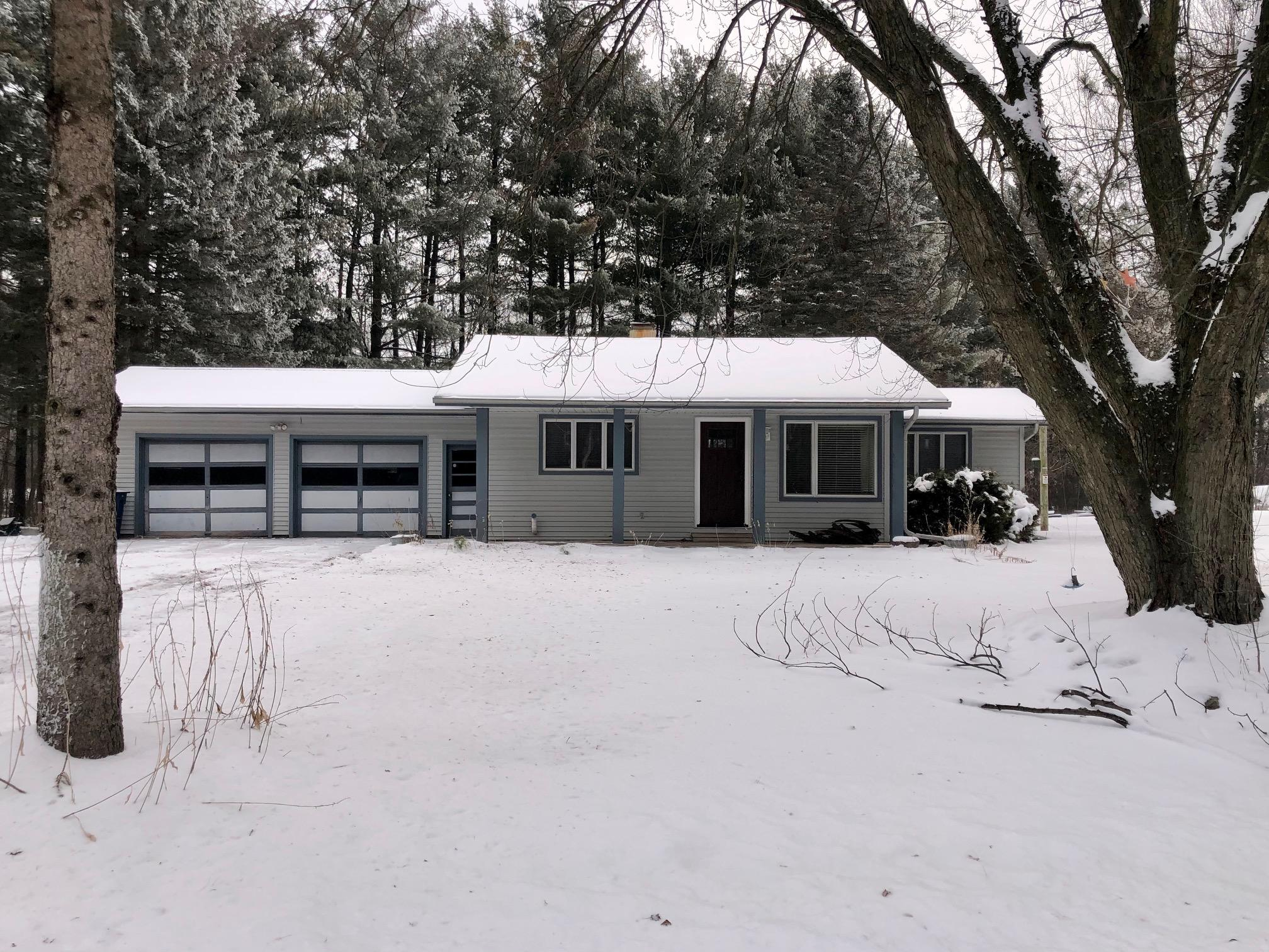 N5386 Locust Rd, Richmond, Wisconsin 54166, 2 Bedrooms Bedrooms, ,1 BathroomBathrooms,Single-family,For Sale,Locust Rd,1723117