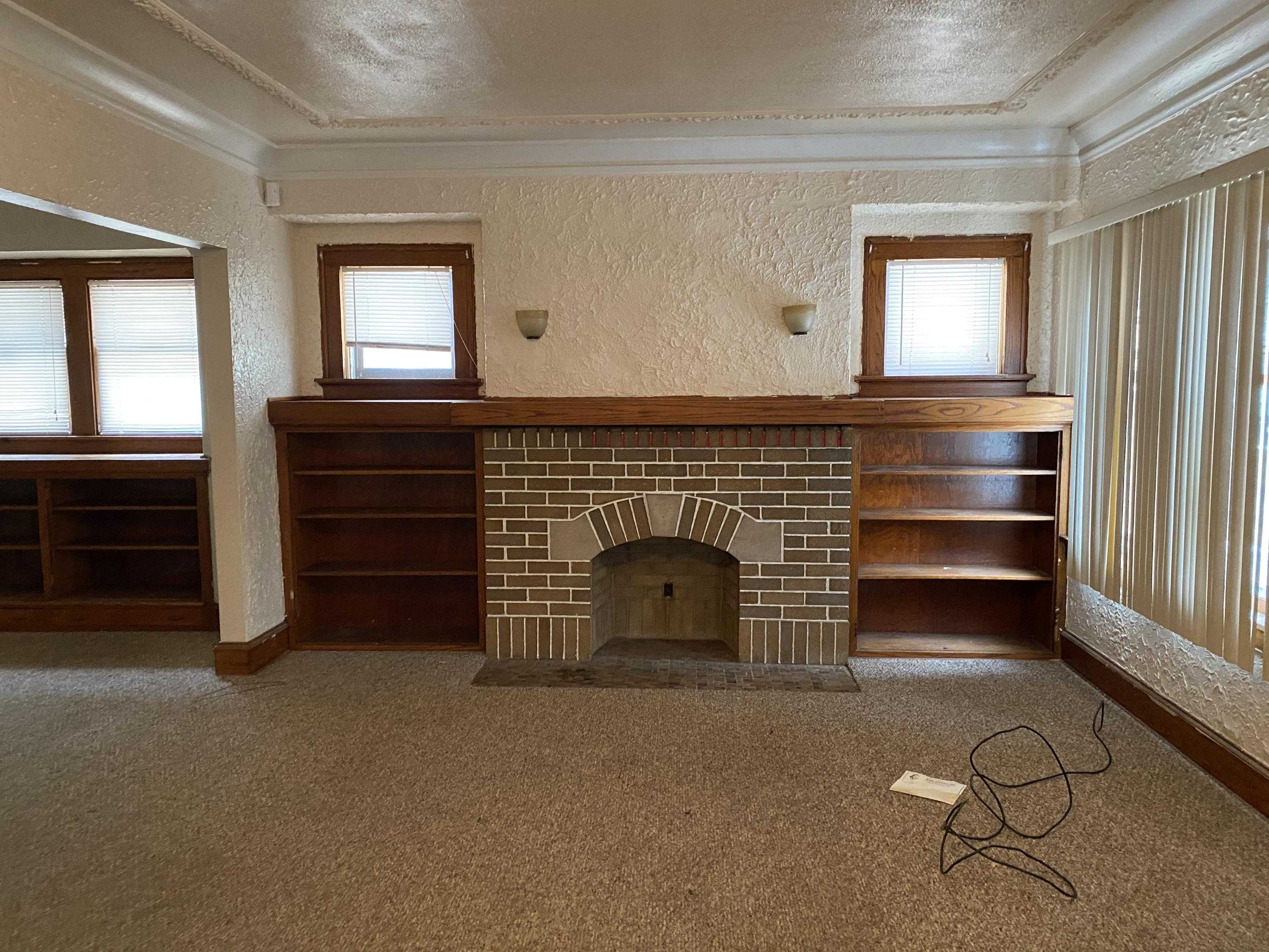 2750 47th St, Milwaukee, Wisconsin 53210, ,Two-family,For Sale,47th St,1723178