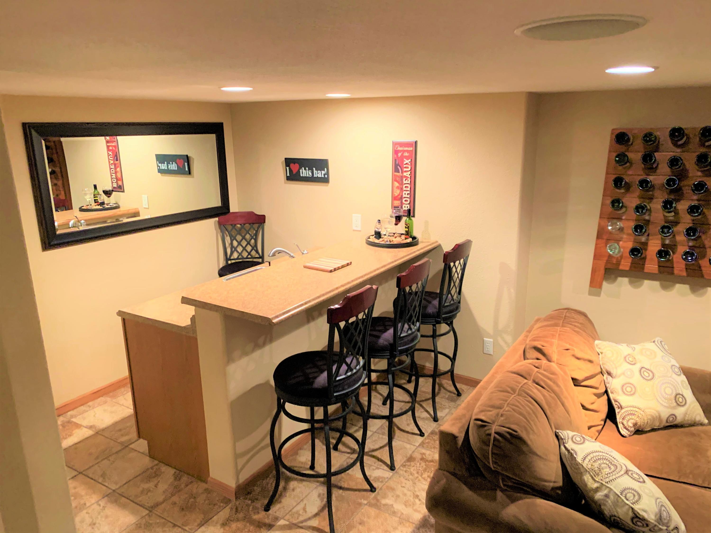 977 Horseshoe Ct, Belgium, Wisconsin 53004, 3 Bedrooms Bedrooms, ,2 BathroomsBathrooms,Single-family,For Sale,Horseshoe Ct,1723173