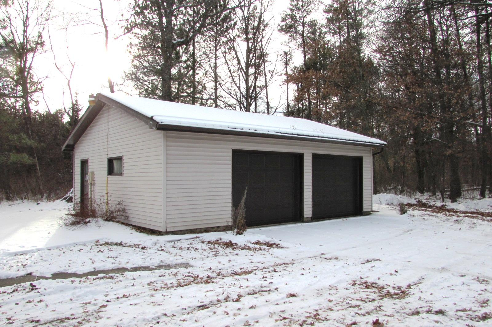 W11751 County Rd W, Stephenson, Wisconsin 54114, 2 Bedrooms Bedrooms, ,2 BathroomsBathrooms,Single-family,For Sale,County Rd W,1723201