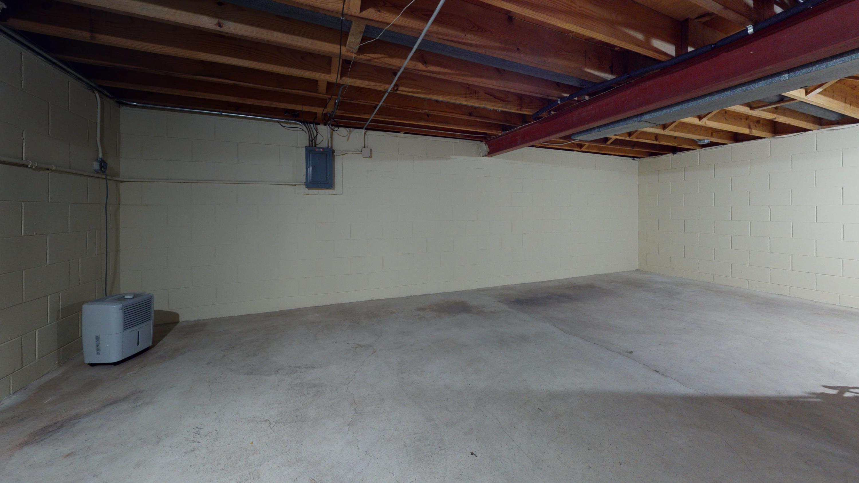 2509-W-Layton-Ave-Garage