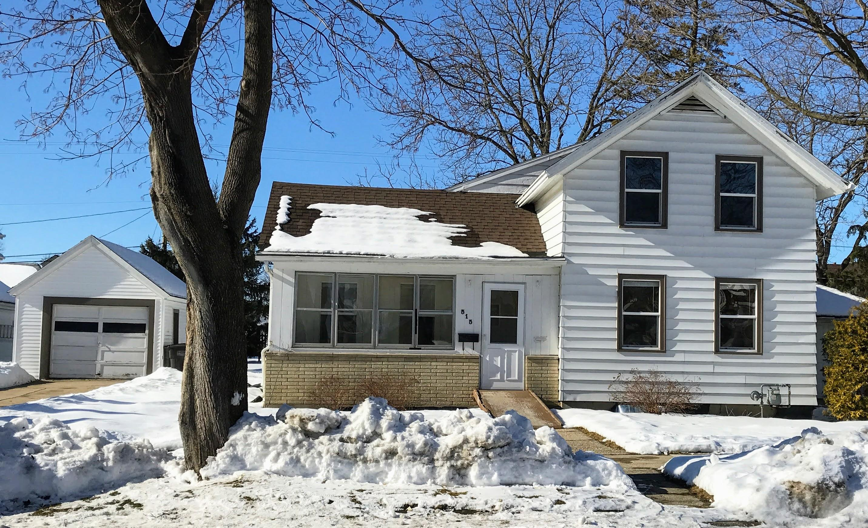 Photo of 515 S Whitewater Ave, Jefferson, WI 53549