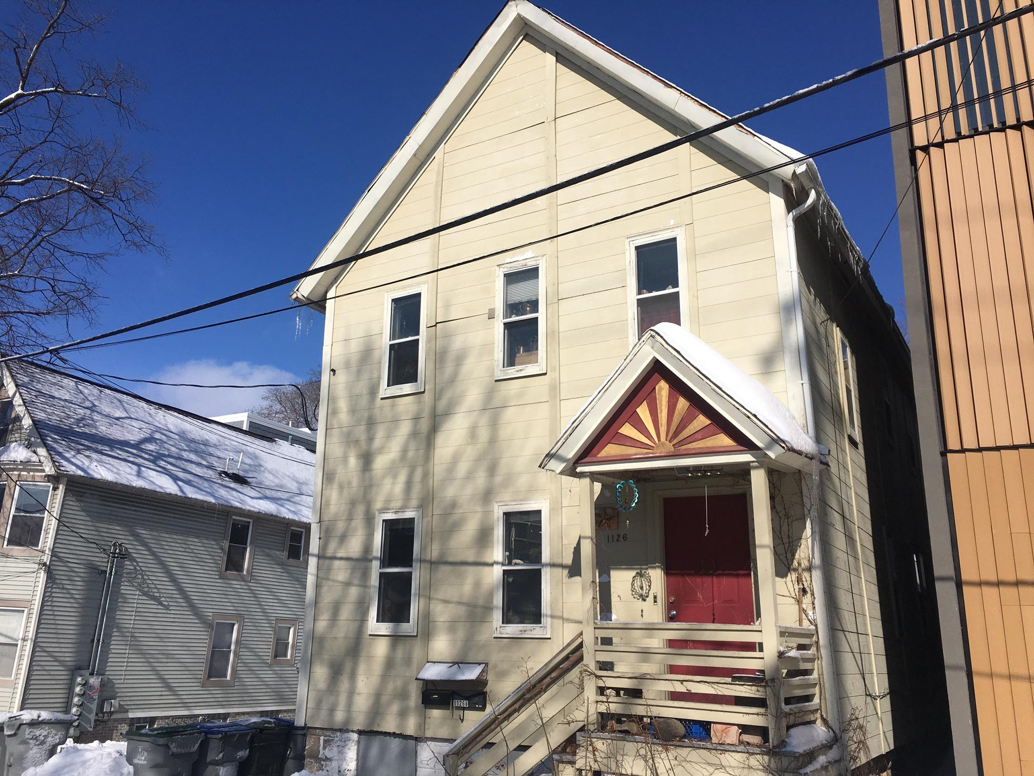 1126 Kane Pl, Milwaukee, Wisconsin 53202, ,Two-family,For Sale,Kane Pl,1726573