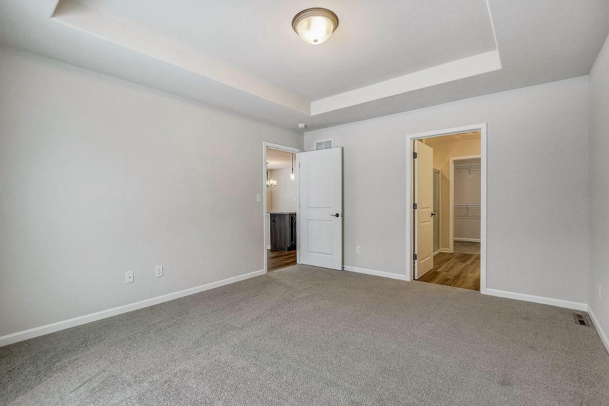 503 Hunter Oaks Blvd 16 Master bedroom