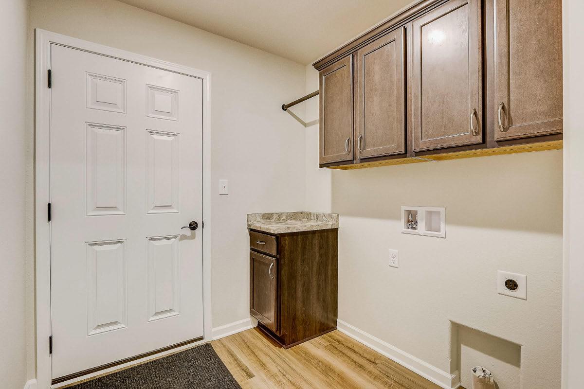 503 Hunter Oaks Blvd 23 Mud Room