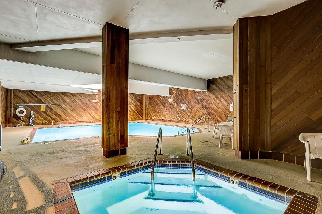 pool-whirlpool