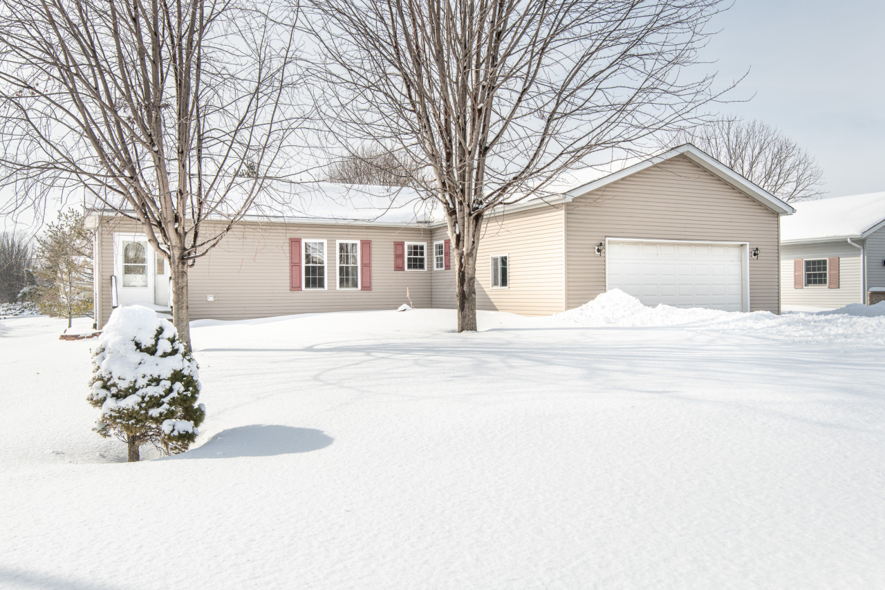 Photo of 707 Browning Ave, Jefferson, WI 53549