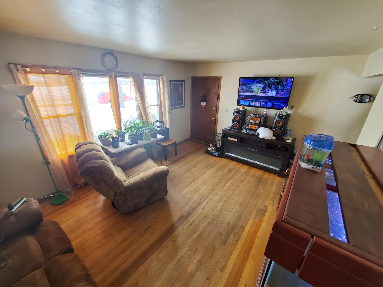 Unit 1  - Living Rm Hardwood Floors