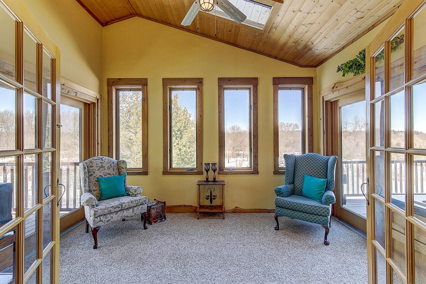 Master Suite Private Office/Study/Sunrm