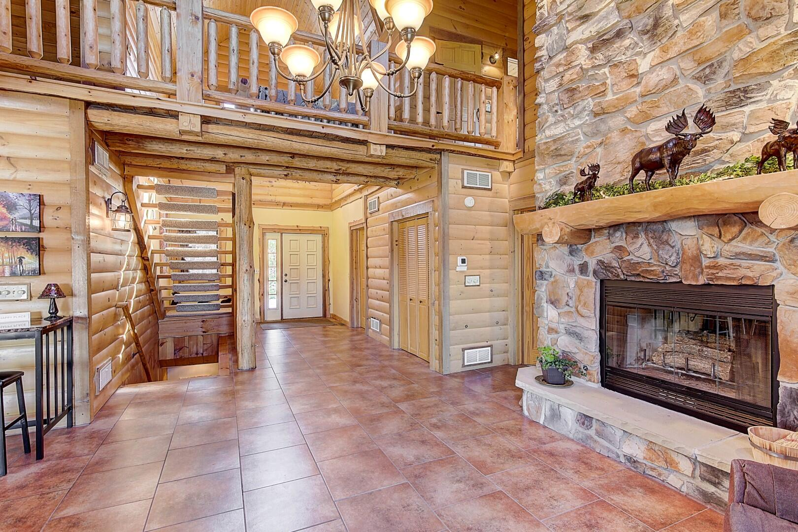 2-story Foyer to Dining/Gathering Room