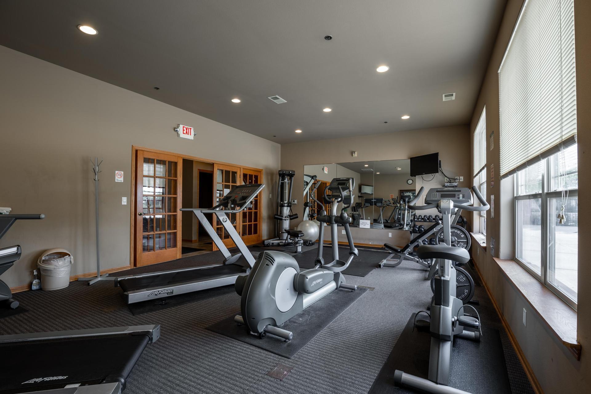 fitness room 5