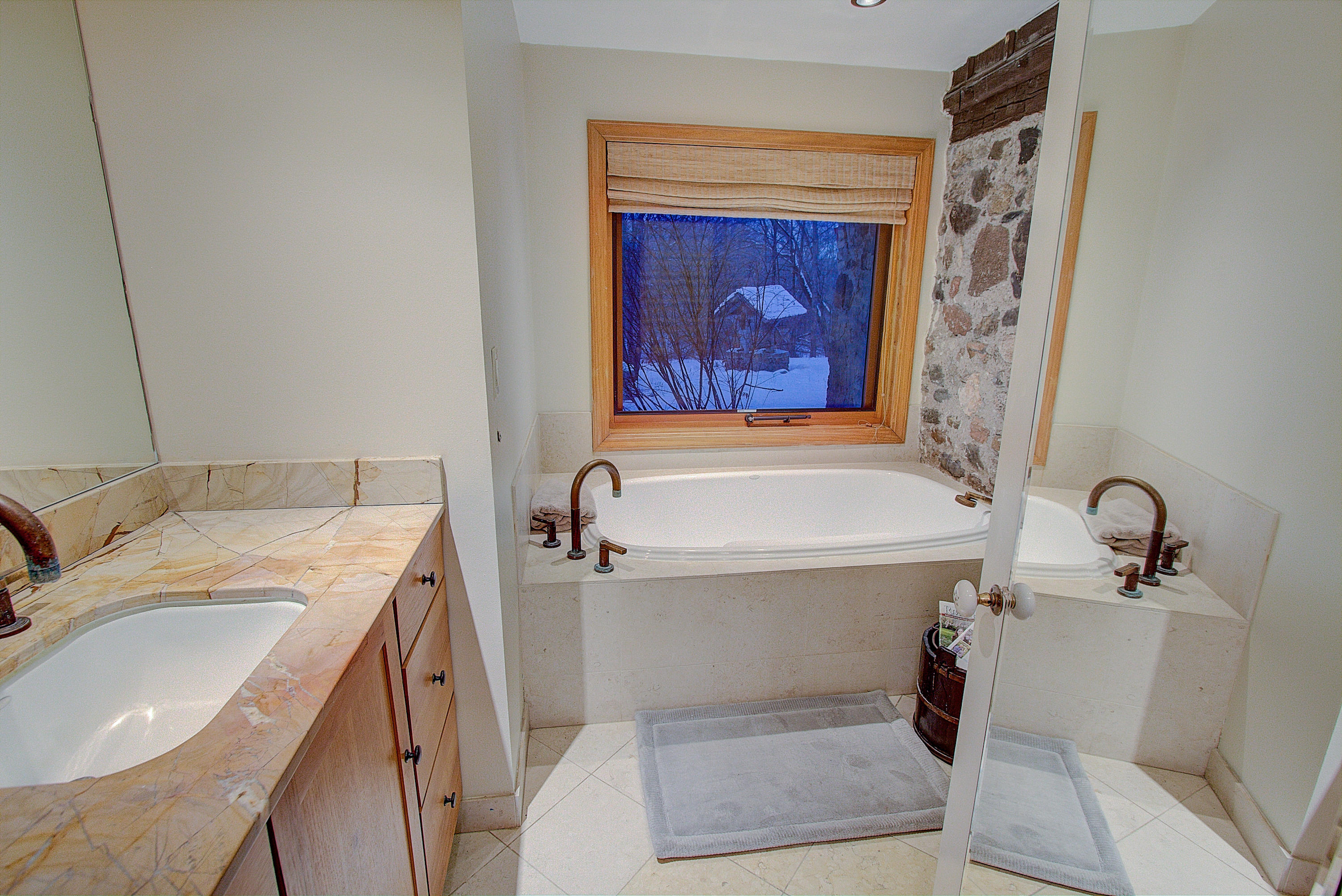 Deep Soaking Tub with Jets
