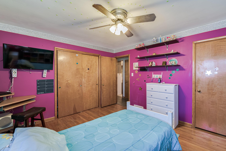 Bedroom 2 - View 3