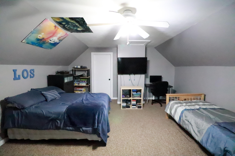 upper 2nd bedroom 2