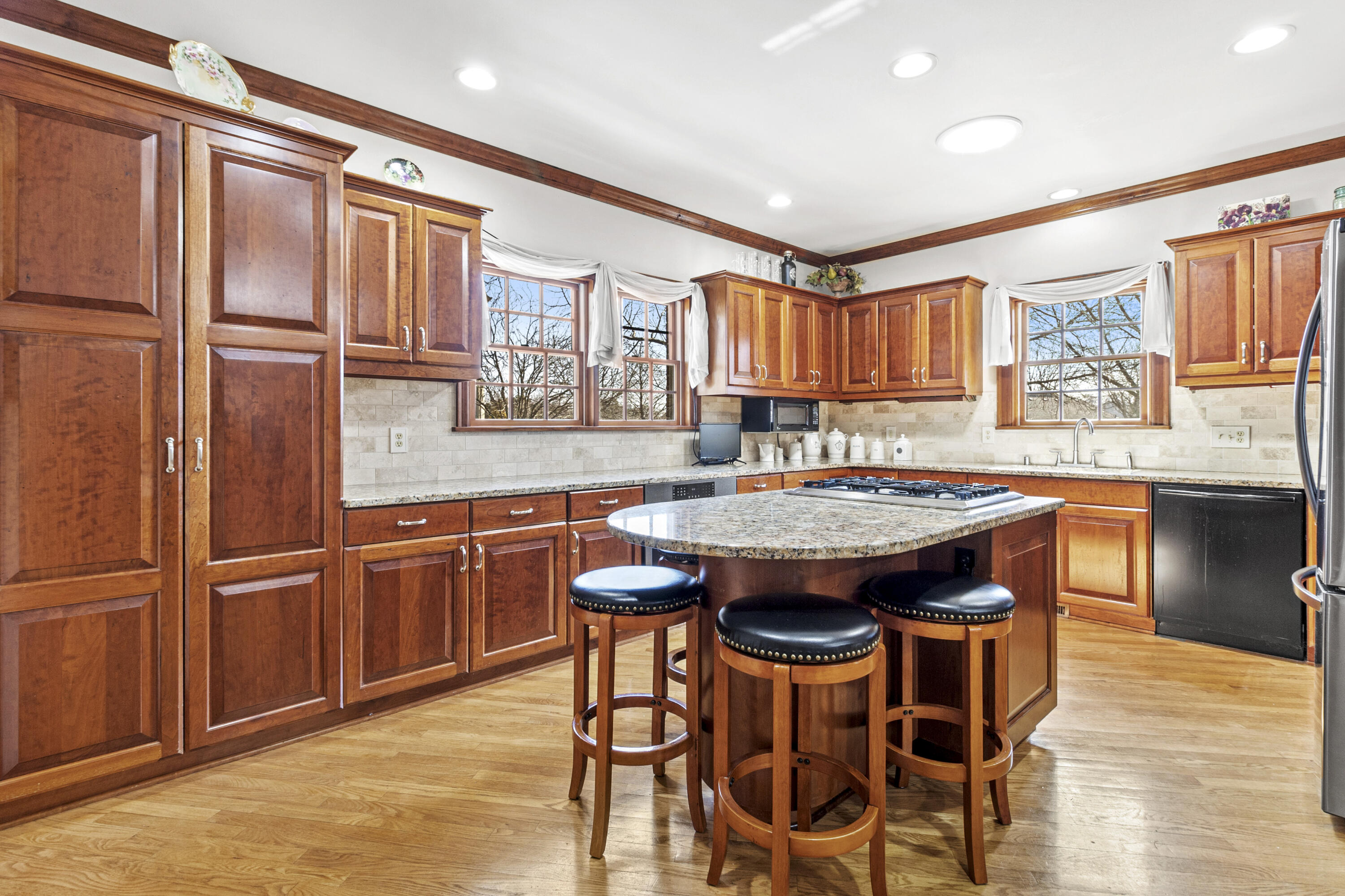 Kitchen (Cherry Cabinetry)