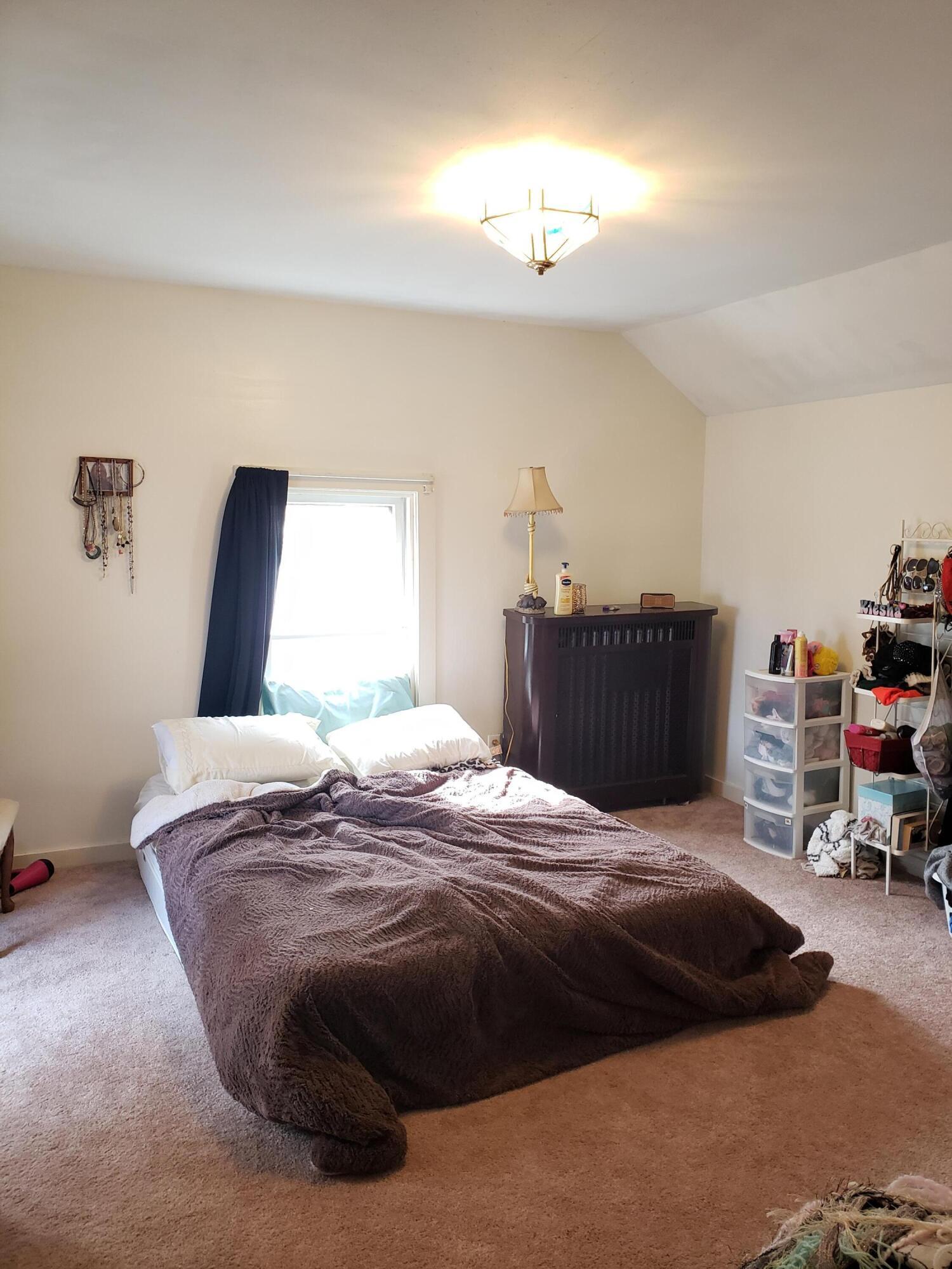 Master bedroom, upper
