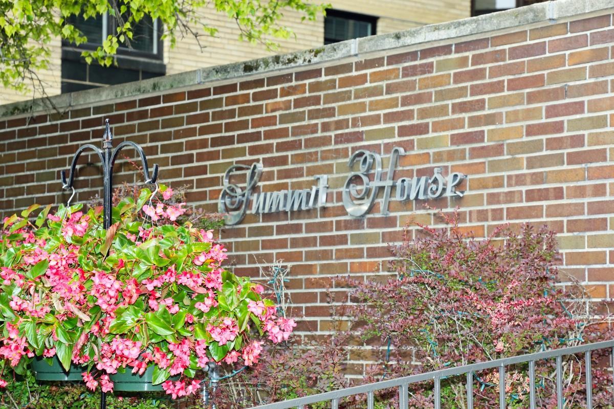 Summit House