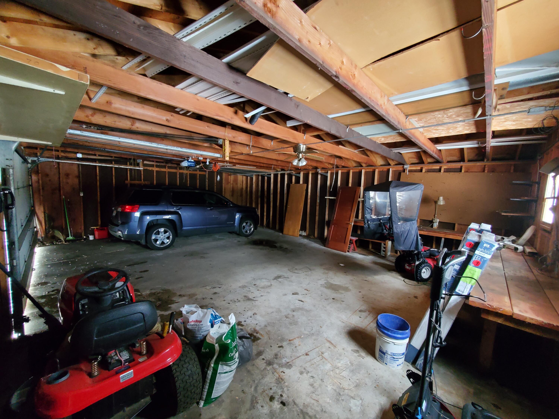 n Garage Interior