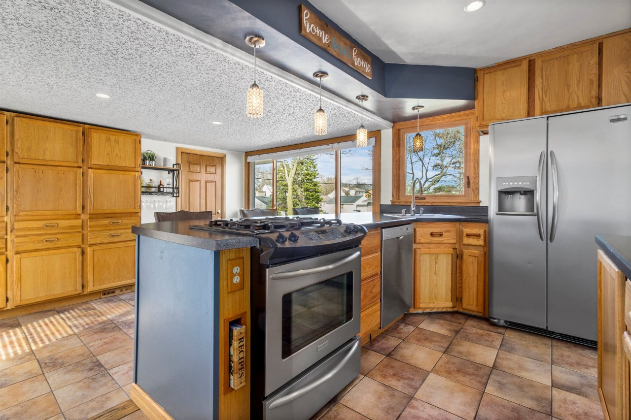 Great Kitchen for Entertaining