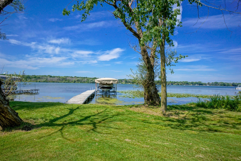 Lake Frontage