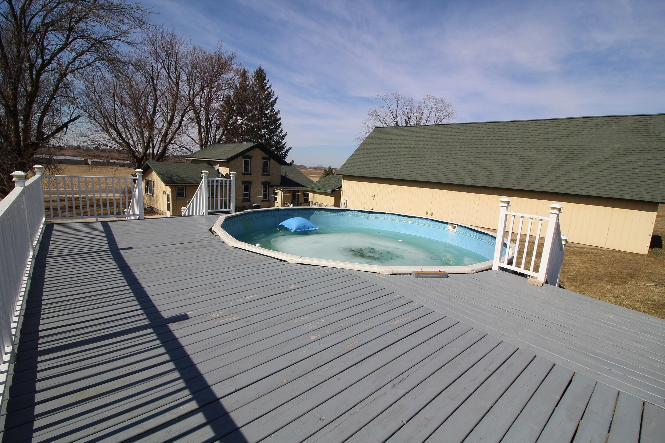 Nice Pool Deck