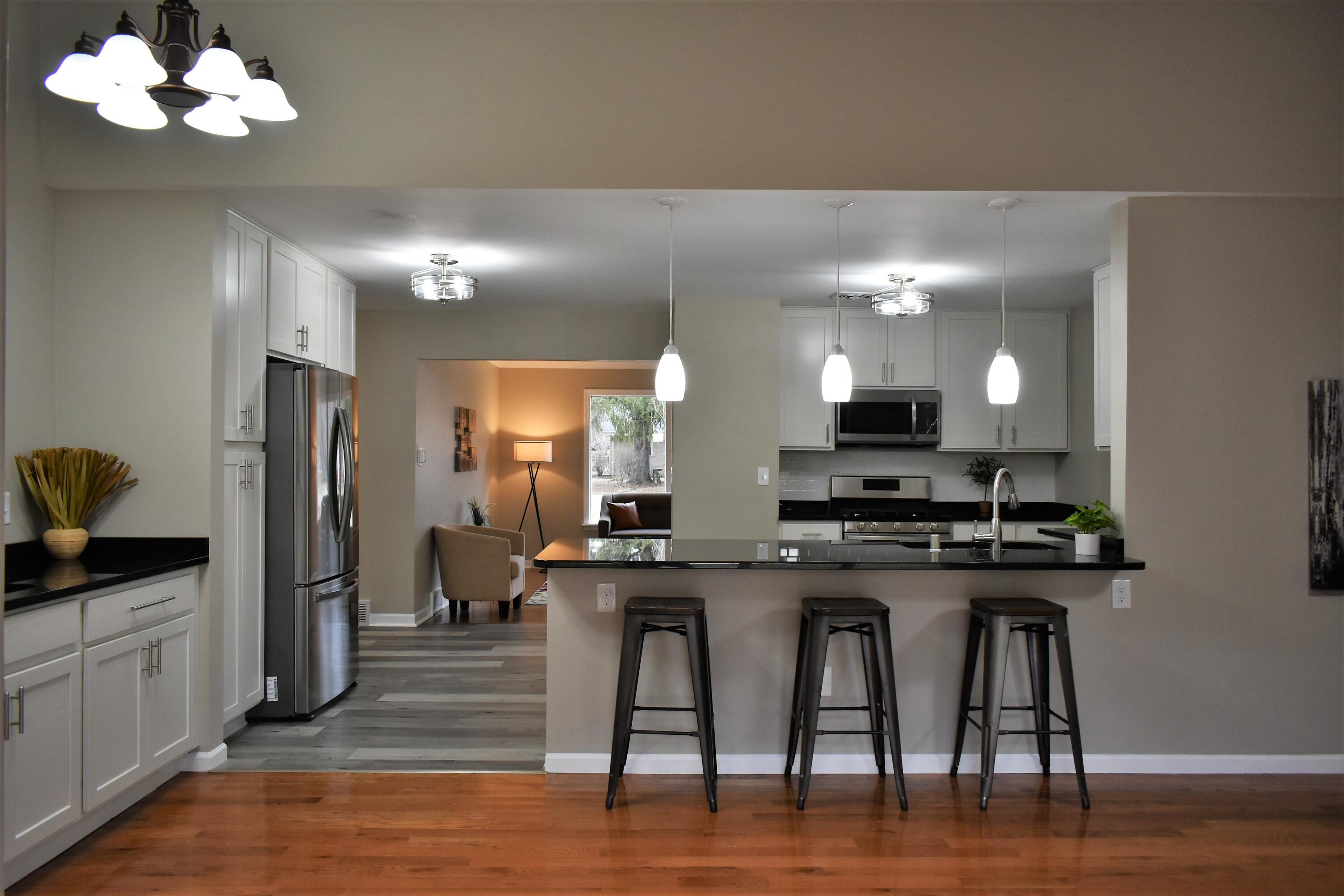All New Kitchen with Breakfast Bar