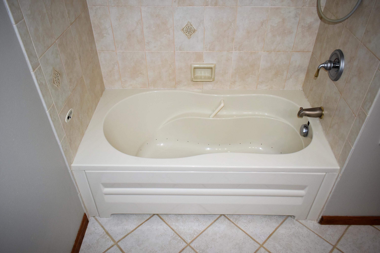 Full Bath on Main