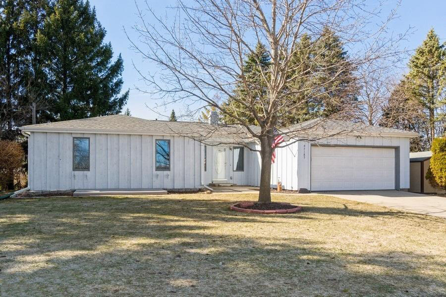 01_N7185EagleHillRoad_57_FrontView_LowRe