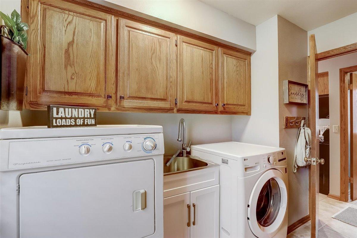 1sr Floor Laundry