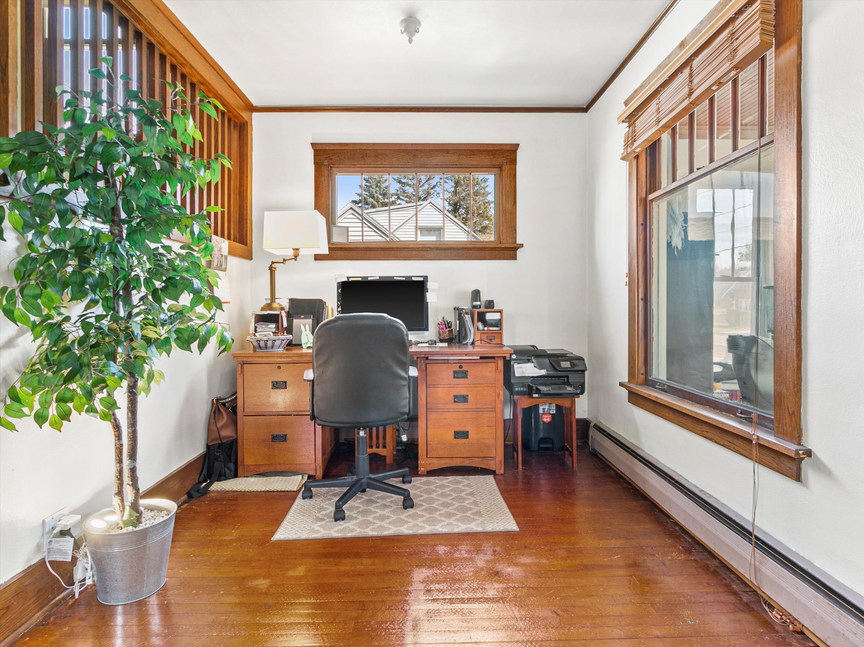 #19 145 Elias Office