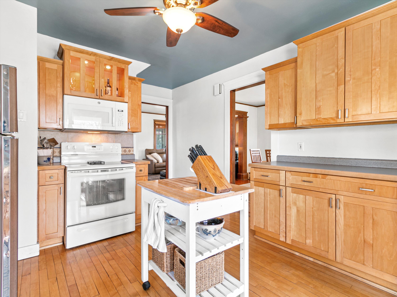 #25 145 Elias Kitchen Angled
